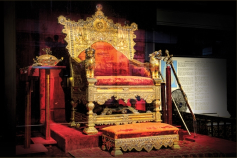 Throne and Footstool